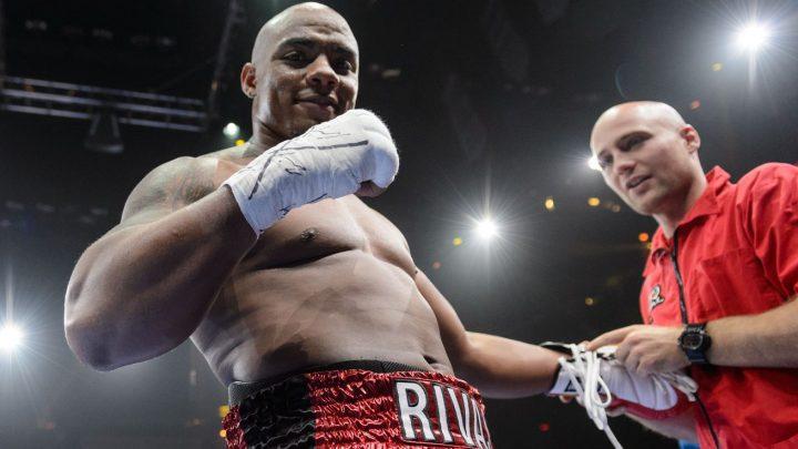 Rivas stuns Jennings with 12th round TKO