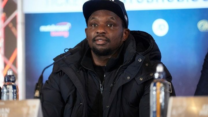 Whyte Shakes Head at Sulaiman's Position on Mike Tyson Comeback
