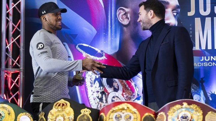 Hearn on Fury-Joshua: Both Teams To Review Multiple Offers To Stage Event